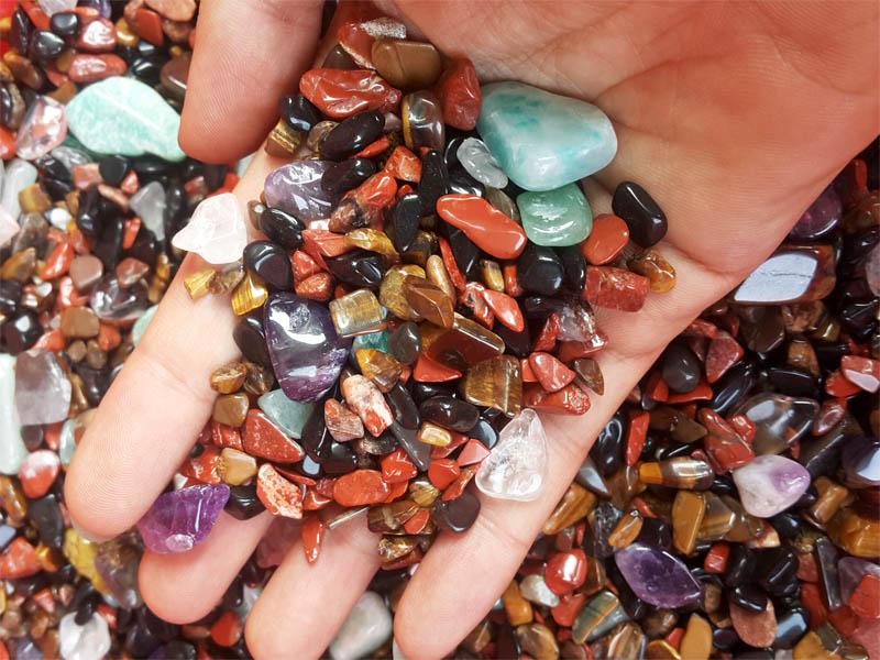Hướng dẫn chọn đá phong thủy theo cung mệnh
